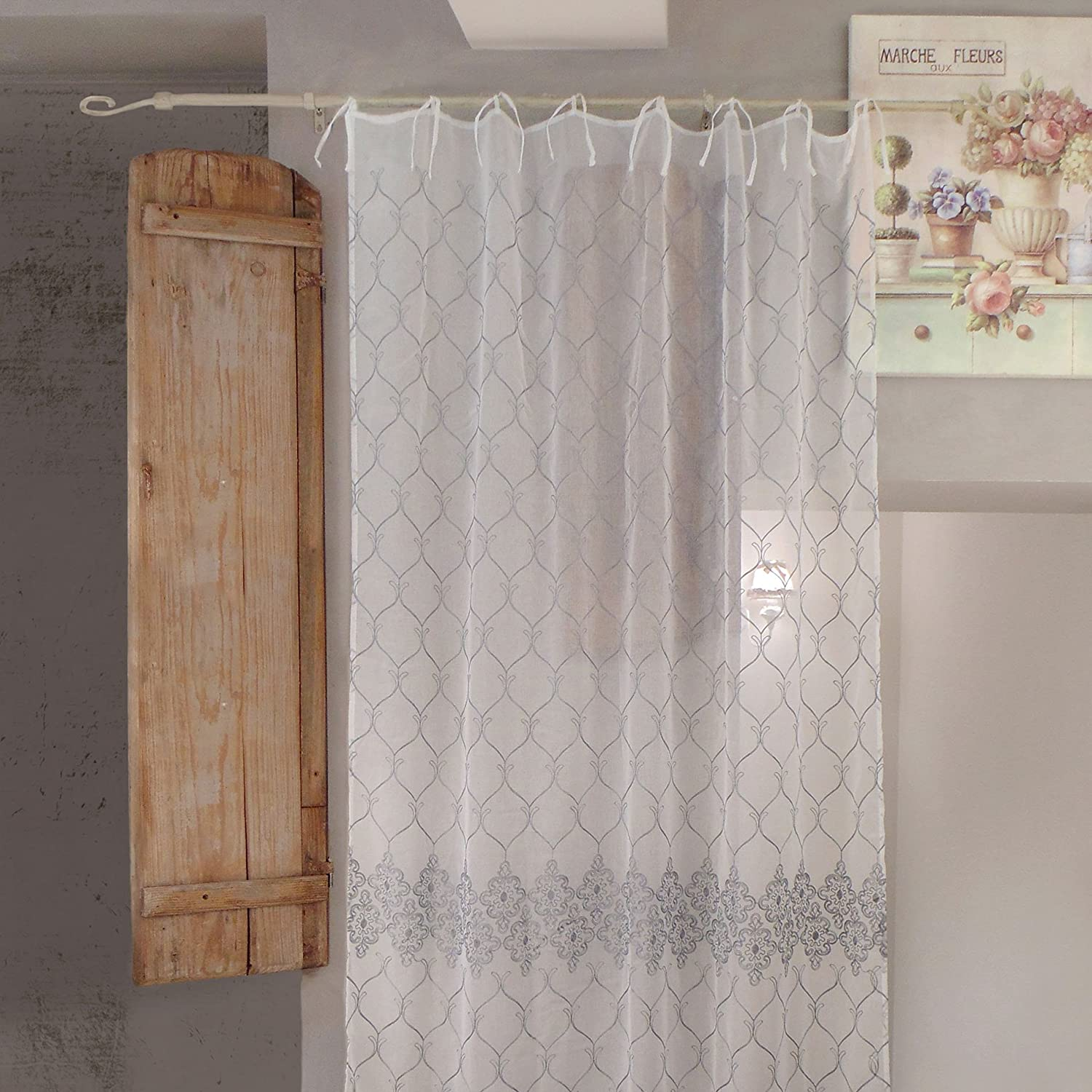 AT17 Tenda Shabby Chic Poliestere Ricamata 140 x 270 Colore off White Ricamo Grigio Voile Planete Collection