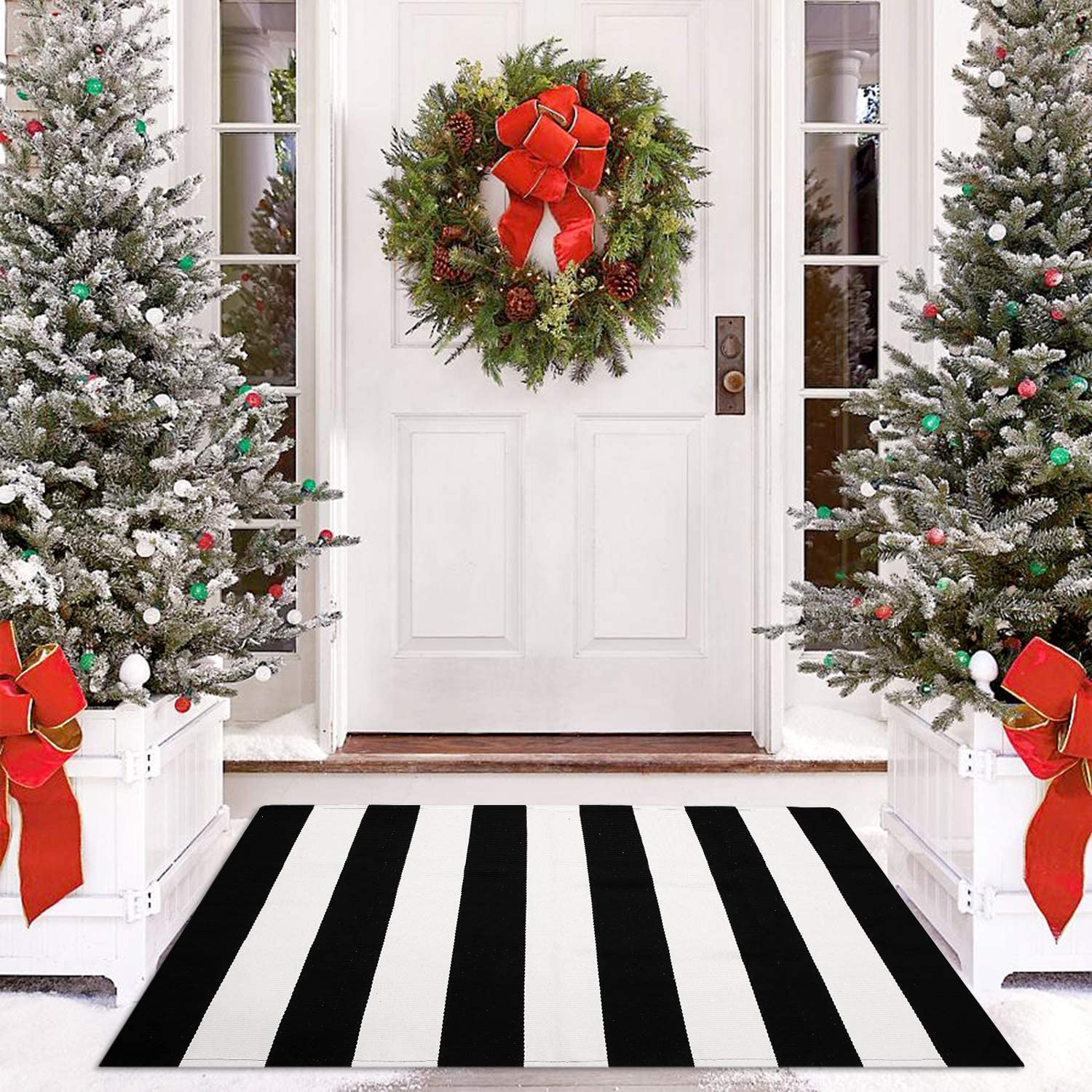Cotton Black and White Stripe Rug Outdoor Doormat 27.5 x 43 Inches Washable Woven Front Porch Decor Outdoor Indoor Welcome Mats for Front Door/Kitchen/Farmhouse/Entryway/Home Entrance Black Rug