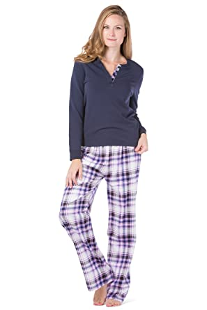 602f675aad Fishers Finery Womens Pajama Set  Fleece Henley Top  Flannel Pant (Lvr Nvy