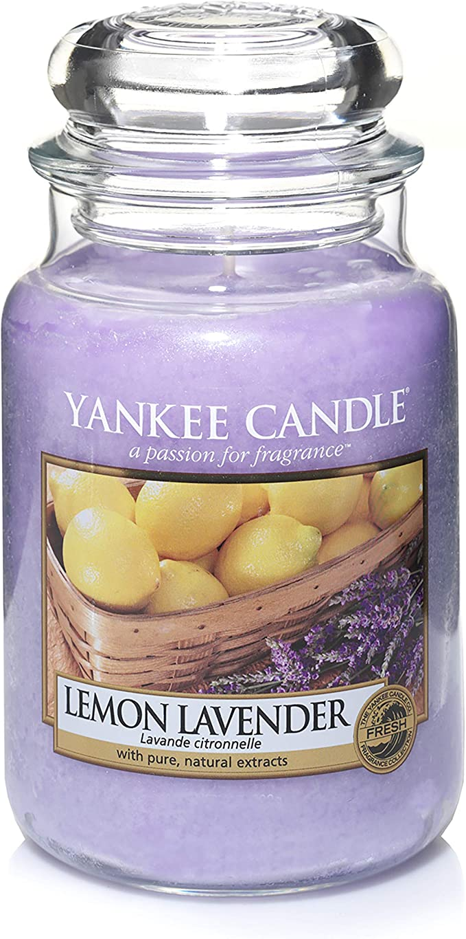 SHOP YOUR FAVORITE YANKEE CANDLES NOW 25% OFF!