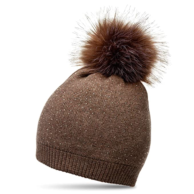 d71f6e09e53 CASPAR MU191 Women Winter Knitted Bobble Hat with Faux Fur Pom Pom and  modern strass application  Amazon.co.uk  Clothing