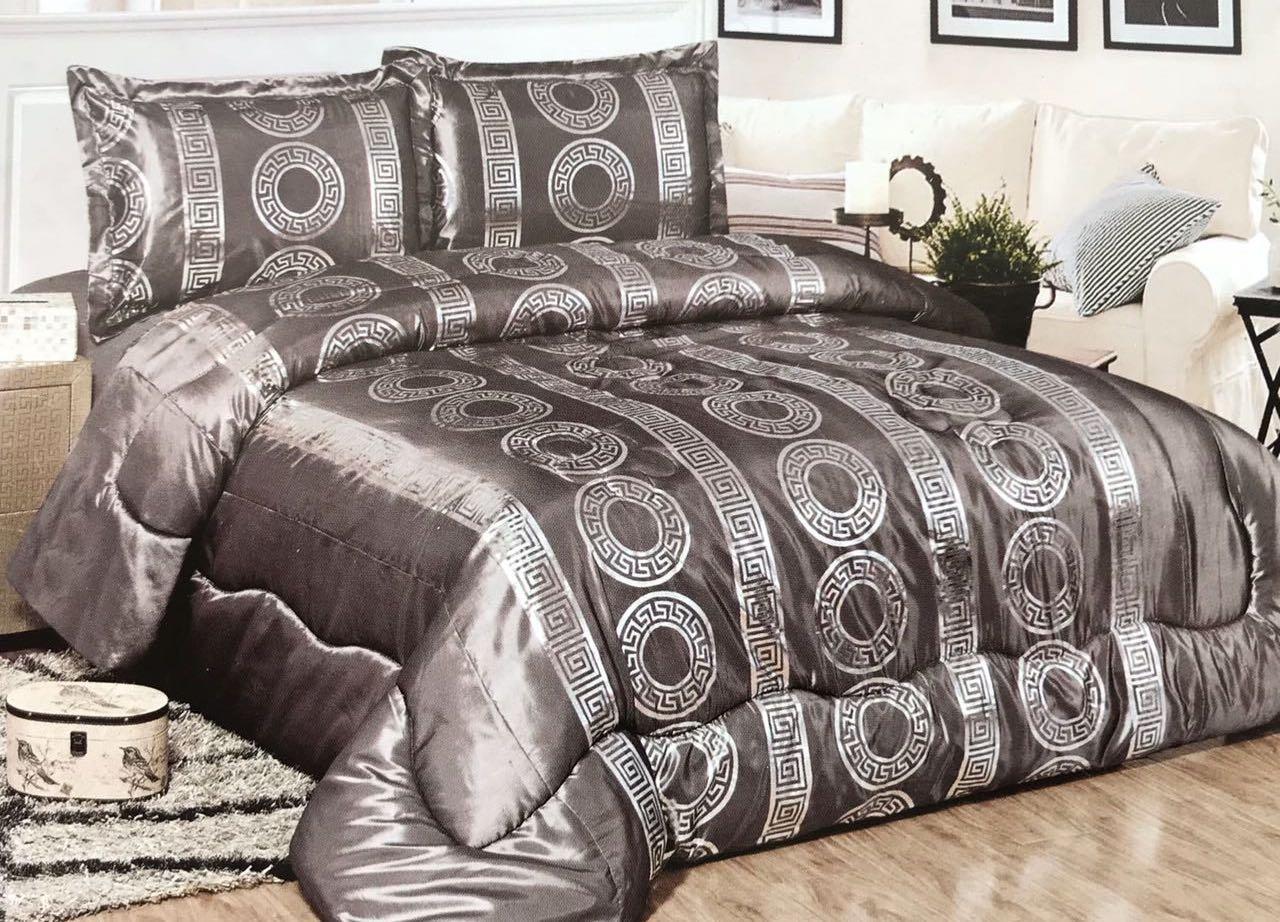 5abe782e46243d Bavary Medusa Versac Tagesdecken Set 3 TLG. Elegant und Stillvoll Neuheit  und Luxus  (