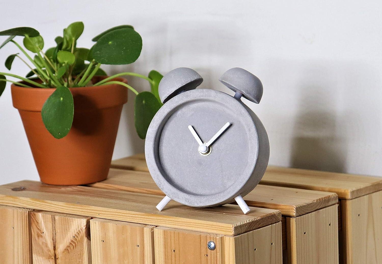 reloj estilo escandinavo