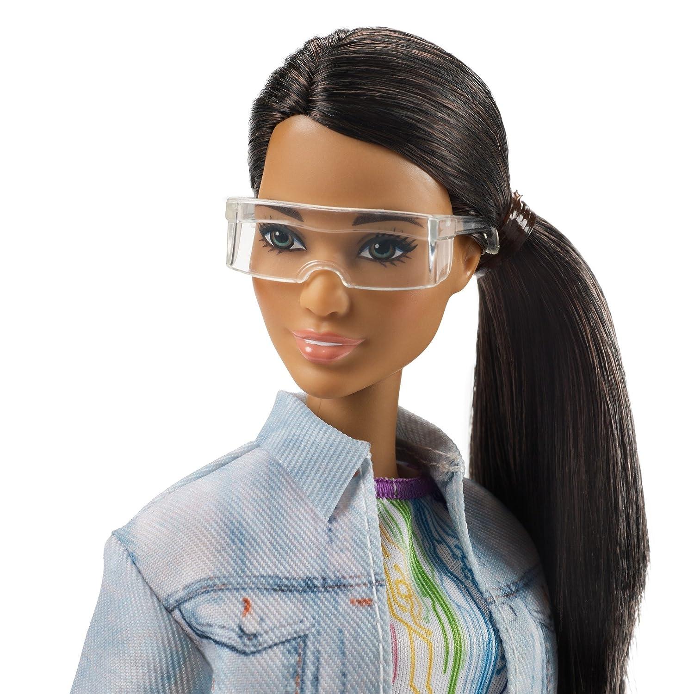 Amazon.es: Barbie Quiero Ser ingeniera robótica, muñeca latina con accesorios (Mattel FRM11): Juguetes y juegos