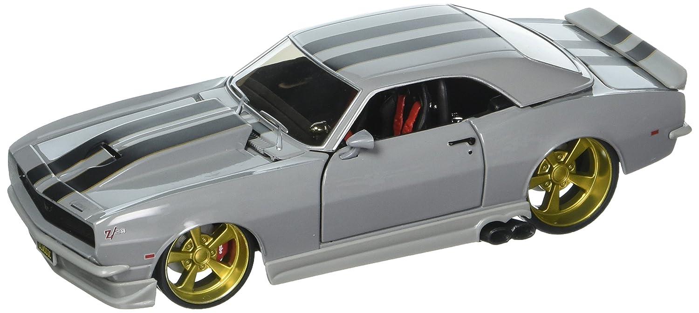 Maisto 1 24 W B Classic Muscle 1968 Chevrolet Camaro Z 28 with Black Stripes