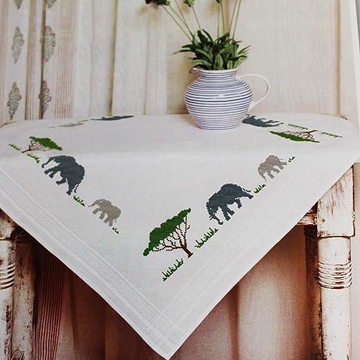 Kamaca Stickpackung Tischdecke Elefanten IN Afrika Kreuzstich vorgezeichnet aus Baumwolle Stickset mit Stickvorlage (Mittelde