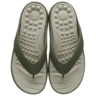 Crocs Men's Flip Flop Sandals: Shoes