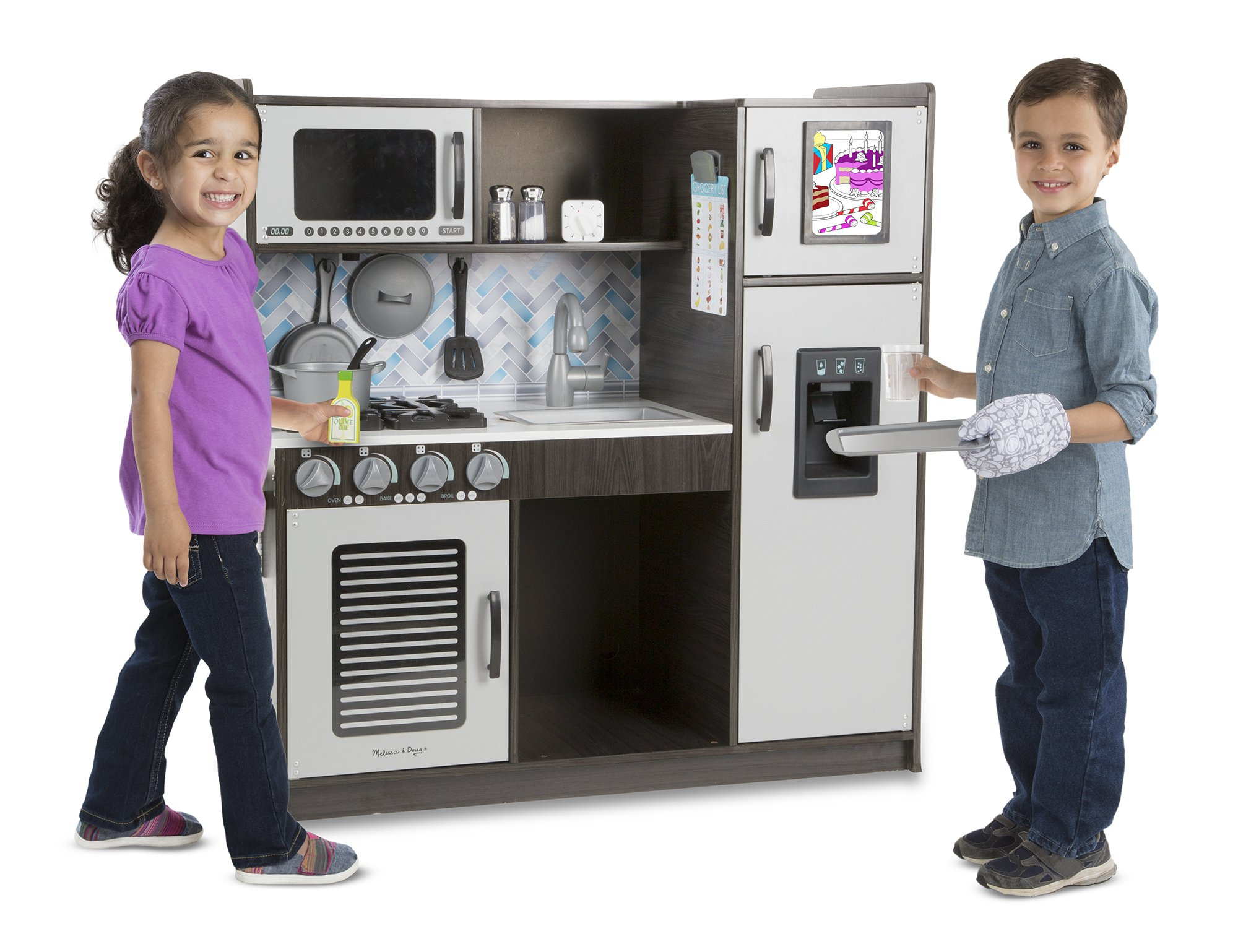 """Melissa & Doug Wooden Chef's Pretend Play Toy Kitchen With """"Ice"""" Cube Dispenser – Charcoal by Melissa & Doug (Image #2)"""