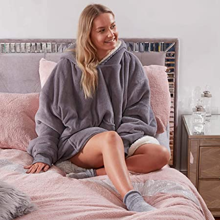 Sienna Hoodie Blanket Ultra Soft Sherpa Fleece Warm Cosy Comfy Oversized Wearable Hooded Sweatshirt Throw For Women Girls Adults Men Boys Kids Big Pocket Charcoal Grey Amazon Co Uk Kitchen Home