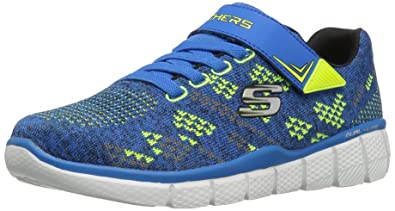 b59c9a03076d Skechers Boys  Equalizer 2.0-Point Keeper Low-Top Sneakers  Amazon ...