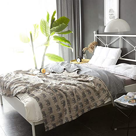 c039809eb5 Amazon.com  Scientific Sleep Elephant Cute Cozy Lightweight Muslin Cotton  Blanket Twin