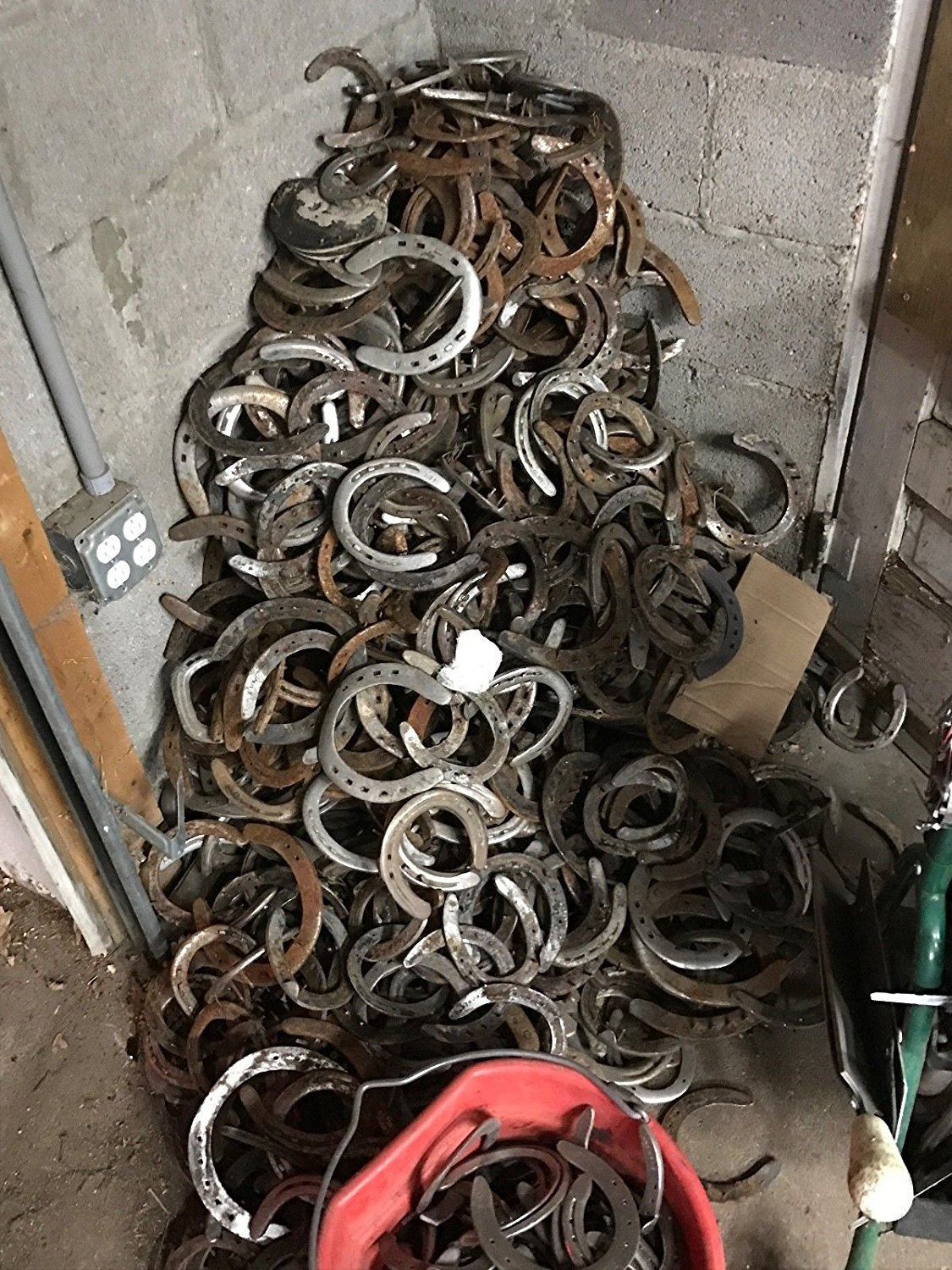 100PCS AUTHENTIC CERTIFIED HORSESHOE USED RUSTIC PREWORN CRAFT HORSE SHOE GOOD LUCK by DivineTM (Image #3)