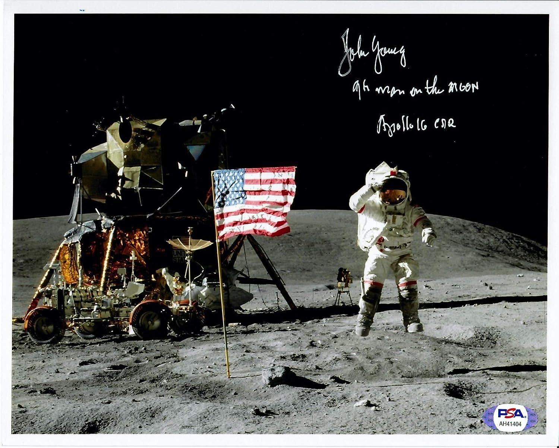 8x10 NASA Photo e258 Portrait of Astronaut John Young
