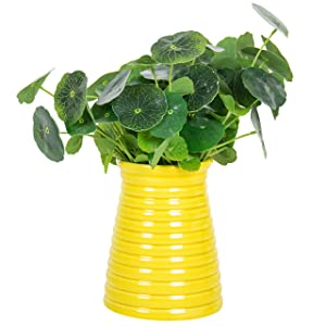 5.7-Inch Modern Ribbed Design Small Yellow Ceramic Decorative Tabletop Centerpiece Vase/Flower Pot