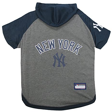 310884daf Amazon.com   Pets First MLB Hoodie for Dogs   Cats - New York ...