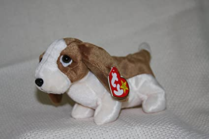 Image Unavailable. Image not available for. Color  TY Beanie Baby - TRACKER  the Basset Hound 438648d0c13