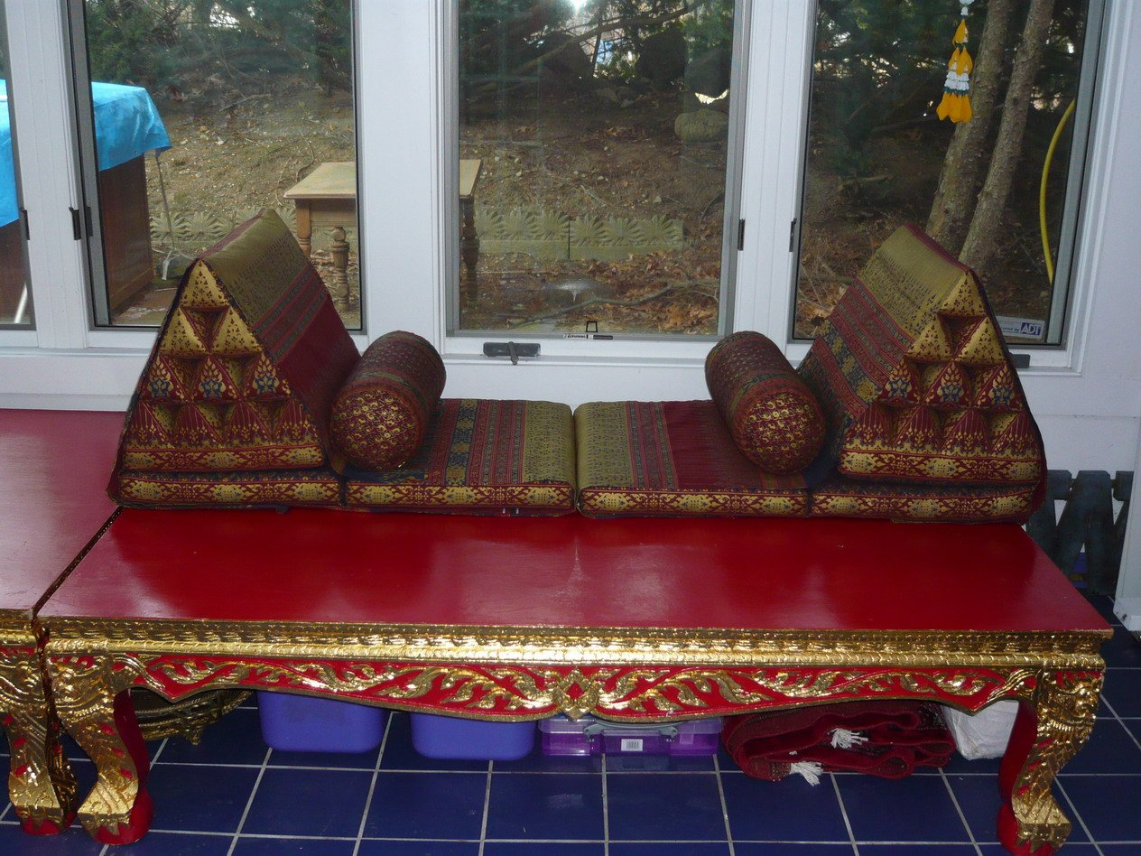 Thai Classic Low Table-Seats-Bed (Tung)