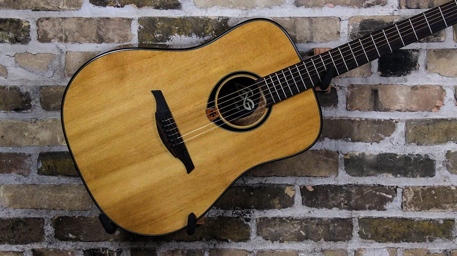 Lag - T80d dreadnought guitarra acustica solid spruce: Amazon.es ...