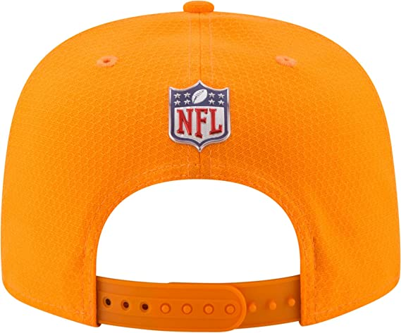 newest 92289 7854e Amazon.com  New Era Men s Miami Dolphins Color Rush 2017 On-Field 9Fifty  Snapback Adjustable Hat (OSFM)  Sports   Outdoors