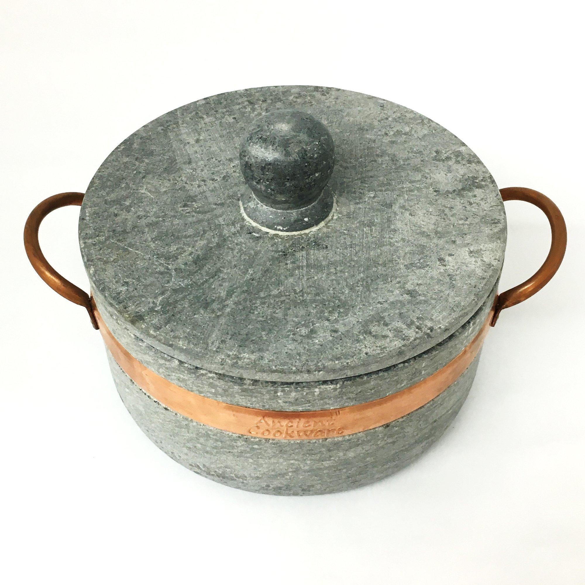Brazilian Soap Stone Stew Pot - Medium - Panela de Pedra