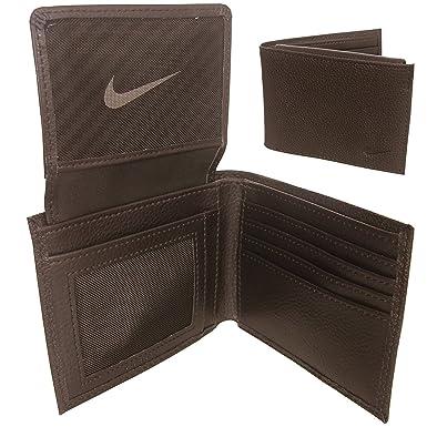 detailing ec61a e80a3 Nike Portefeuille en Cuir Golf, Passcase - Brown Amazon.fr Vêtements et  accessoires