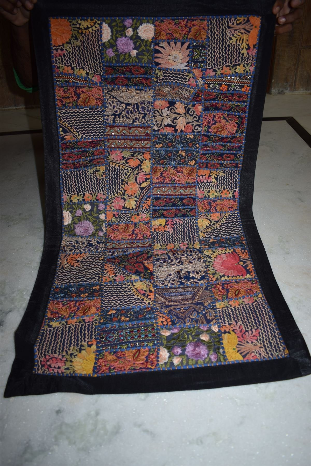 INDIA HANDMADE PATCHWORK WALL HANGING EMBROIDERED VINTAGE TAPESTRY 85