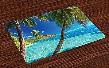 Colchonetas marinas, imagen de una isla tropical con ...