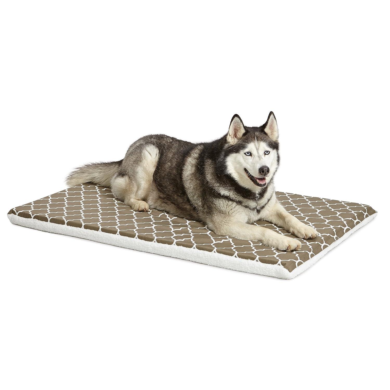Brown & White Geometric Pattern 48-Inch Brown & White Geometric Pattern 48-Inch Midwest Home For Pets 48  BRN Geo FLC Rvse Crate Pad-Defender Mat