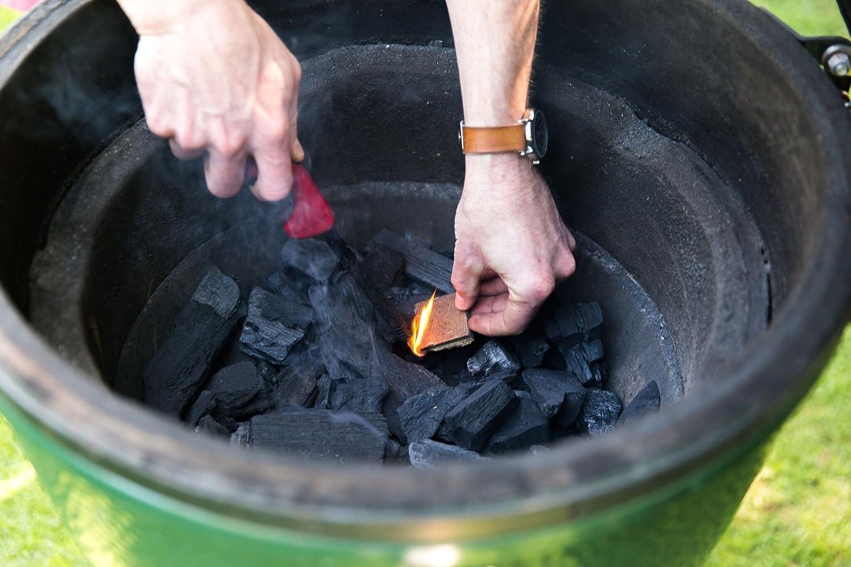 Amazon.com: Fire & Sabor Premium Carbón fija roble & Hickory ...