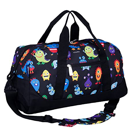 fd8101f0dc Amazon.com  Wildkin Overnighter Duffel Bag