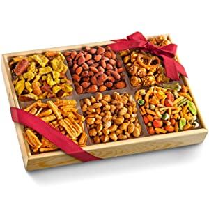Crunch 'n Munch Snack & Nut Variety Tray Gift Box