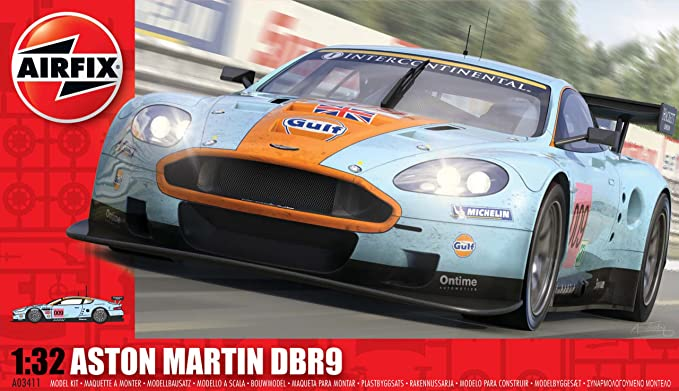 Airfix A03411 Aston Martin DBR9 Gulf 1:32 Scale Endurance Car Series 3 Model Kit