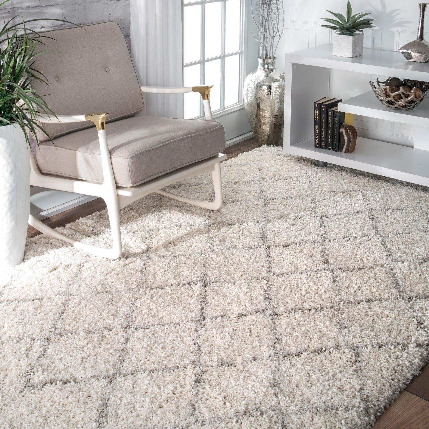 nuLOOM Edwin Soft and Plush Shag Rug, 4 x 6 , Natural