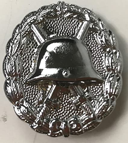 Amazon com : WWII GERMAN ARMY WOUND BADGE AWARD-2ND CLASS