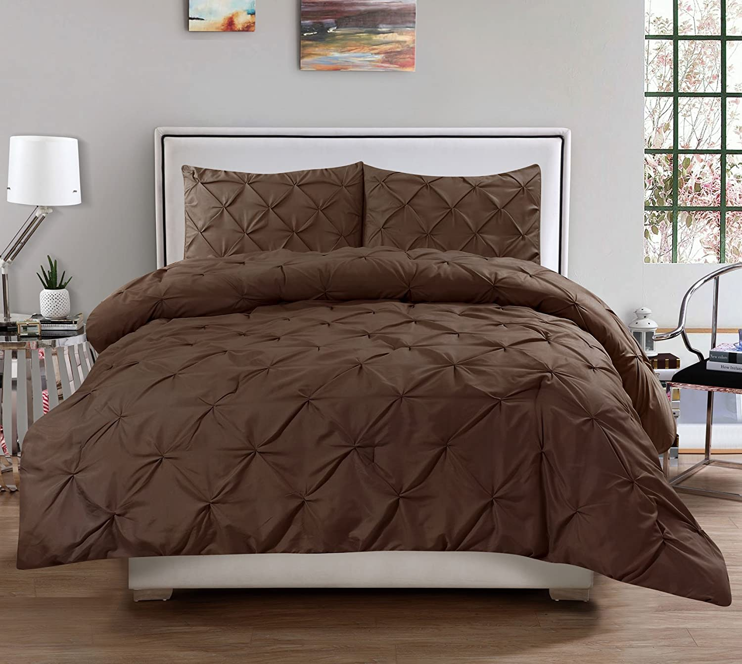 3 Piece Luxurious Pinch Pleat Decorative Pintuck Comforter Set Full/Queen, Chocolate