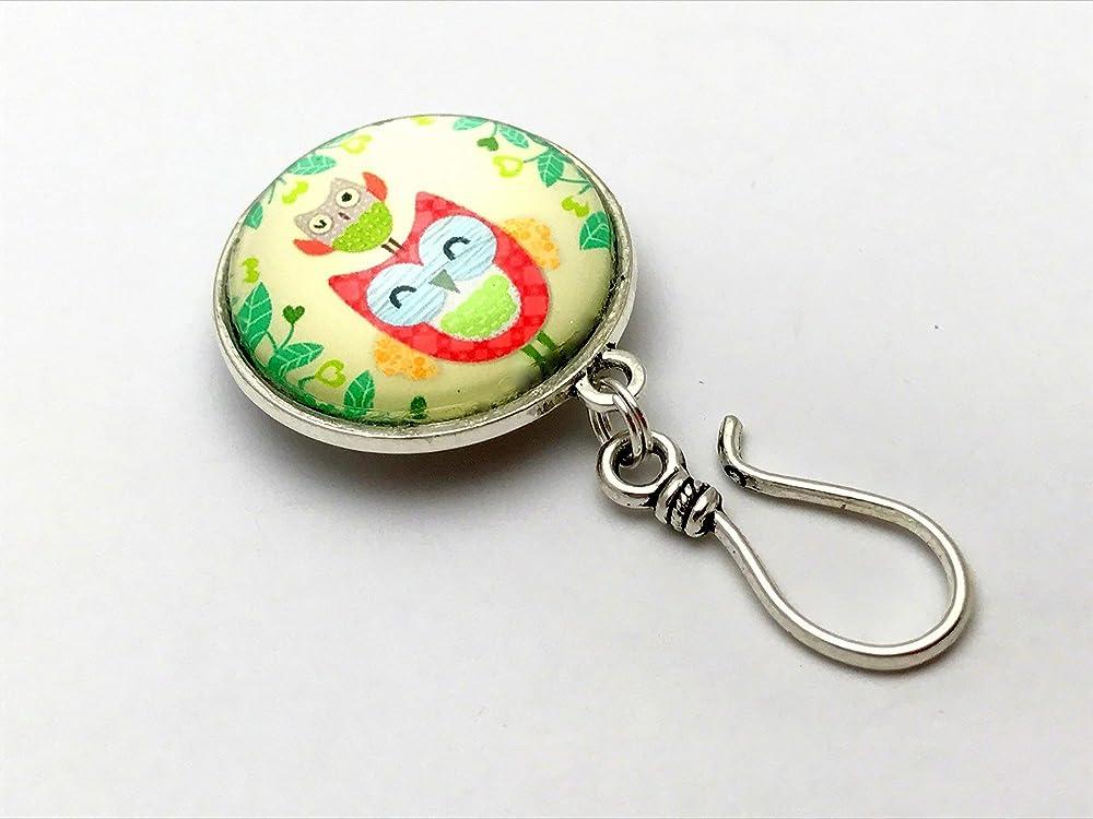 Handmade Magnetic Snowflake Portuguese Knitting Pin ID Badge Holder