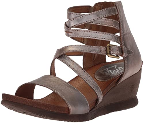 f0f7915d58e Miz Mooz Women s Shay Fashion Sandals  Amazon.ca  Shoes   Handbags