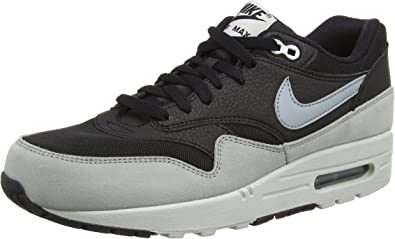 huge inventory best place excellent quality Amazon.com | Nike Air Max 1 Essential, Women's Low-Top Sneakers ...