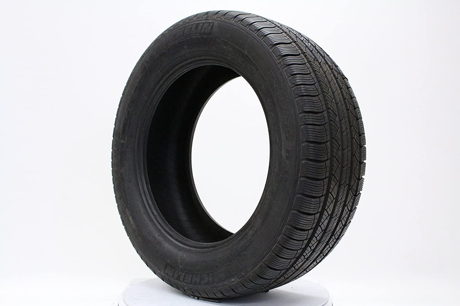 Michelin Latitude Tour HP All-Season Radial Tire 255//55R18 105H