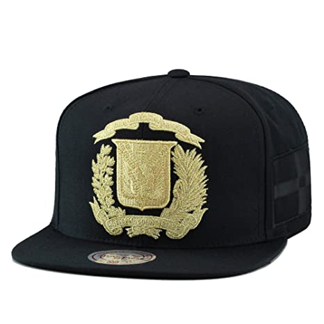 a6488883924a9 Amazon.com  Mitchell   Ness Dominican Republic Snapback Hat Cap Black Gold DR  Emblem  Sports   Outdoors