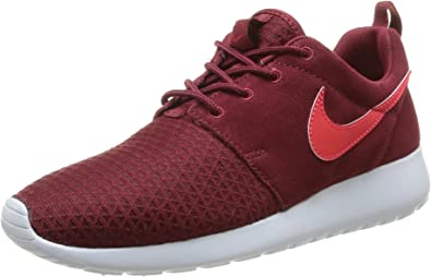 red nike womens trainers
