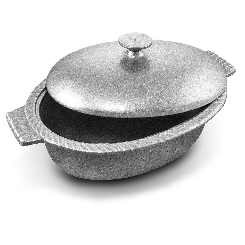 Wilton Armetale Gourmet Grillware Oval Chili Pot with Lid, 4-Quart [並行輸入品]   B06X6B3BV9