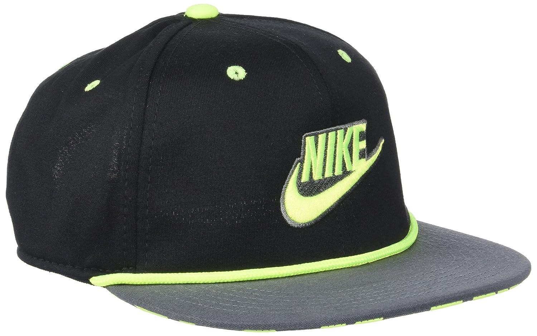 5ac63374f9e Amazon.com  Nike Baby Boys  Snapback Cap  Sports   Outdoors