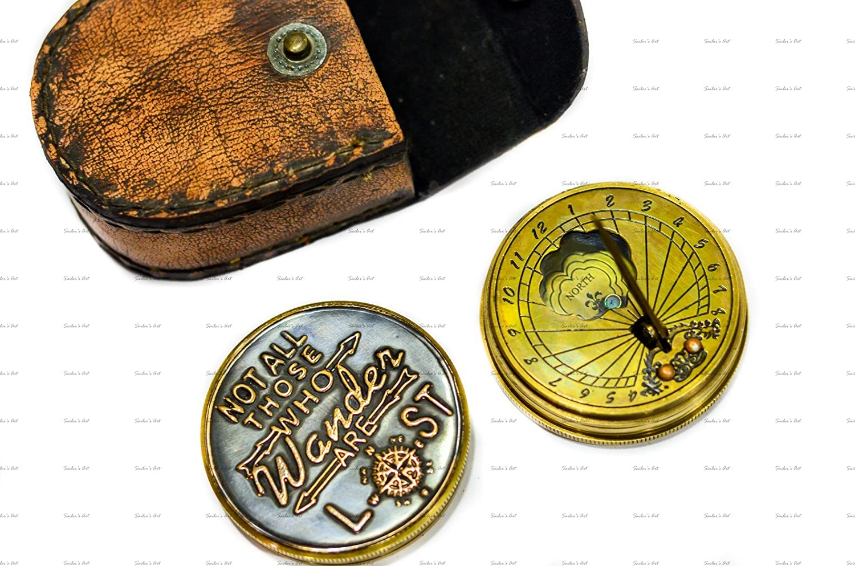 Sailor 's Art Thoreau 's nicht alle, die Wander Are Lost schwarz Boden Zitat Kompass mit einfachem Leder Fall Antique Home Décor Artikel, ideal Geschenke