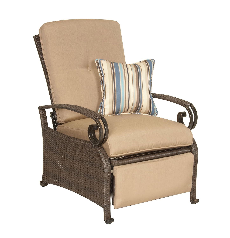 Wonderful Amazon.com: La Z Boy Outdoor Lake Como Resin Wicker Patio Furniture  Recliner (Khaki Tan), With All Weather Sunsharp Cushions: Garden U0026 Outdoor