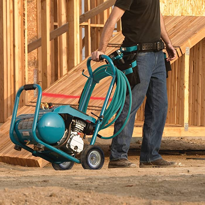 One of the best features of Makita MAC5200 is the foldable handles and the rugged wheels