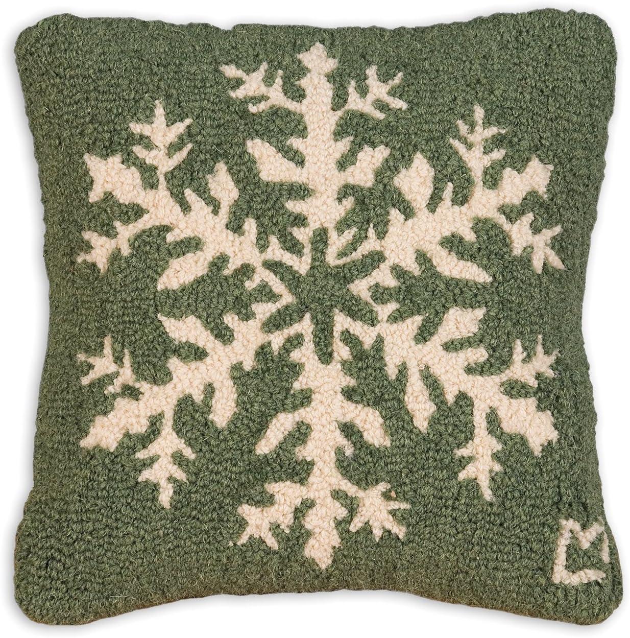Chandler 4 Corners Artist-Designed Pine Snowflake Hand-Hooked Wool Decorative Throw Pillow 14 x 14
