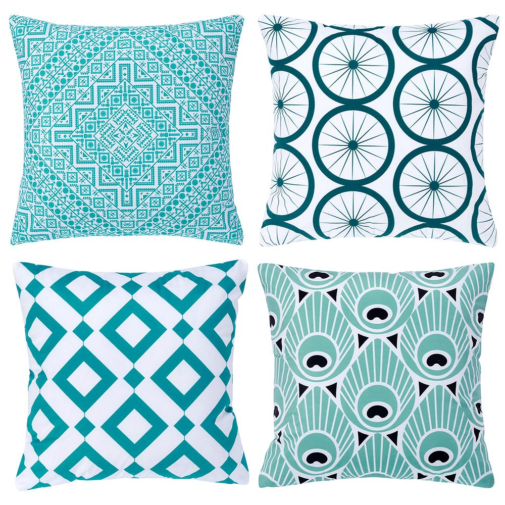 Fancy Queen Set of 4 Simple Life Series 02 Peacock Green Velvet Soft Throw Pillow Case Cushion Cover Soild Square Toss Throw Pillowcover Decor for Sofa Bedroom Car 18'' x 18'' 45cm x 45cm