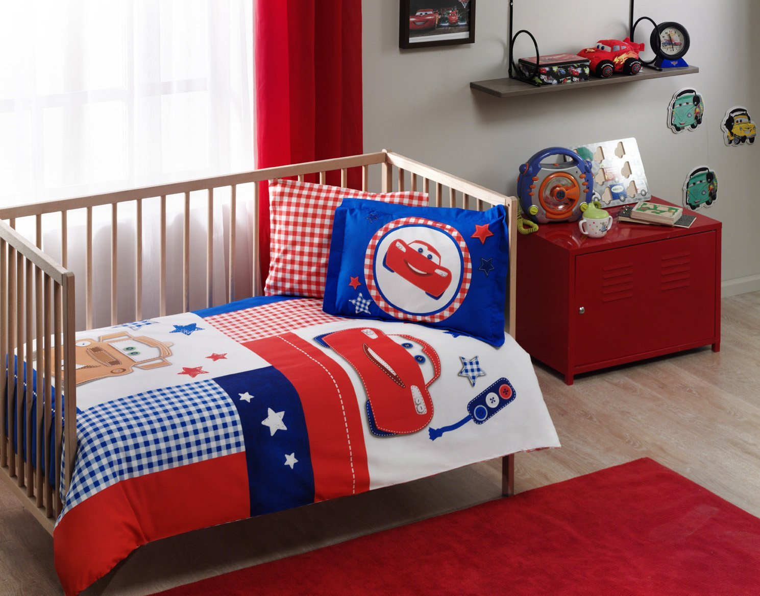 LaModaHome 4 Pcs Luxury Soft Colored Licensed Baby Quilt Cover Set 100% Cotton Red Blue White Brown Cars Marvel Lightning Mcqueen Baby Bed with Flat Sheet