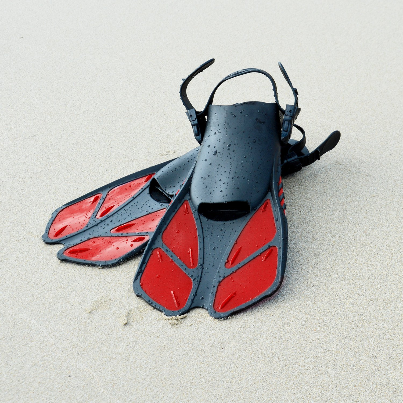 CAPAS Snorkel Fins Swim Fins Travel Size Short Adjustable for Snorkeling Diving Adult Men Womens Kids Open Heel Swimming Flippers